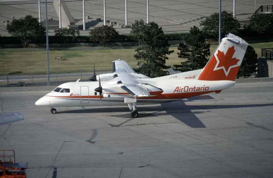 SP4634 Air Ontario DASH8 C-GJIG YYZ 1987