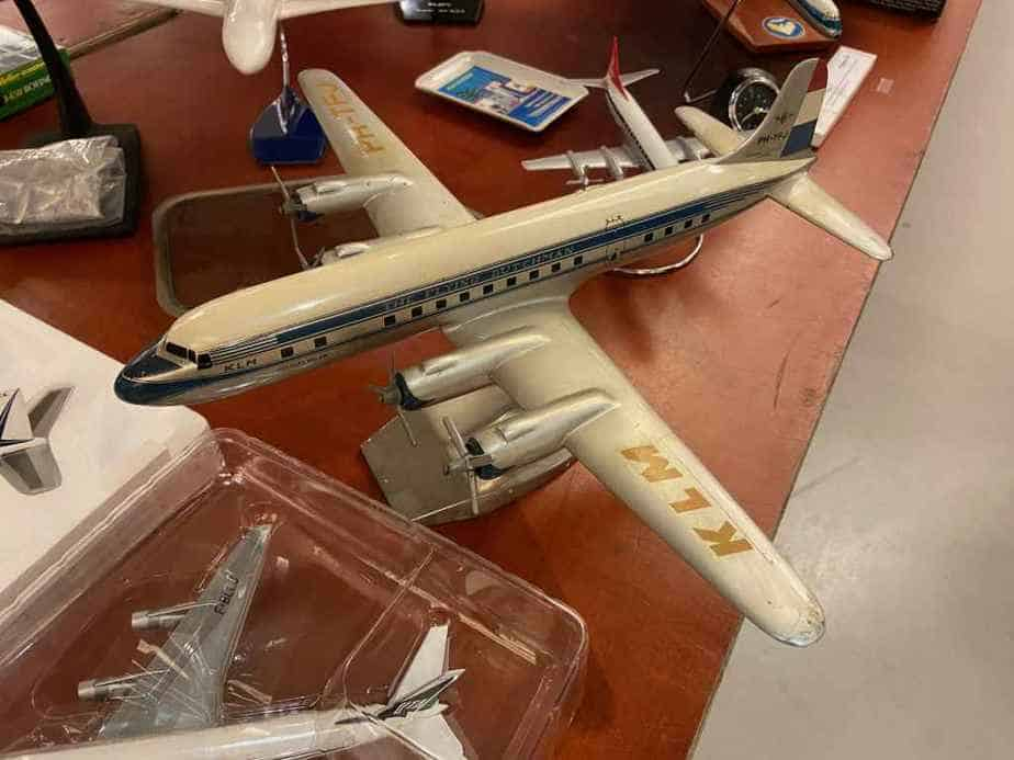 A 1950s era 1/100 scale KLM DC-6 by Raise Up
