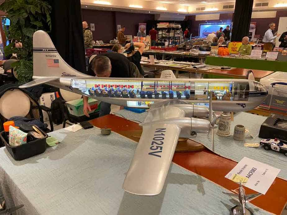This is a 1/24 perspex cutaway model of a Boeing Stratocruiser