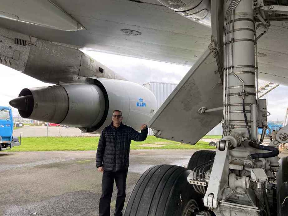 Henry Tenby doing a main gear inspection of KLM Boeing 747-300 PH-BUK at Aviodrome, Netherlands. Hydraulics look good, we need to change some balding tires for return to airworthy status!