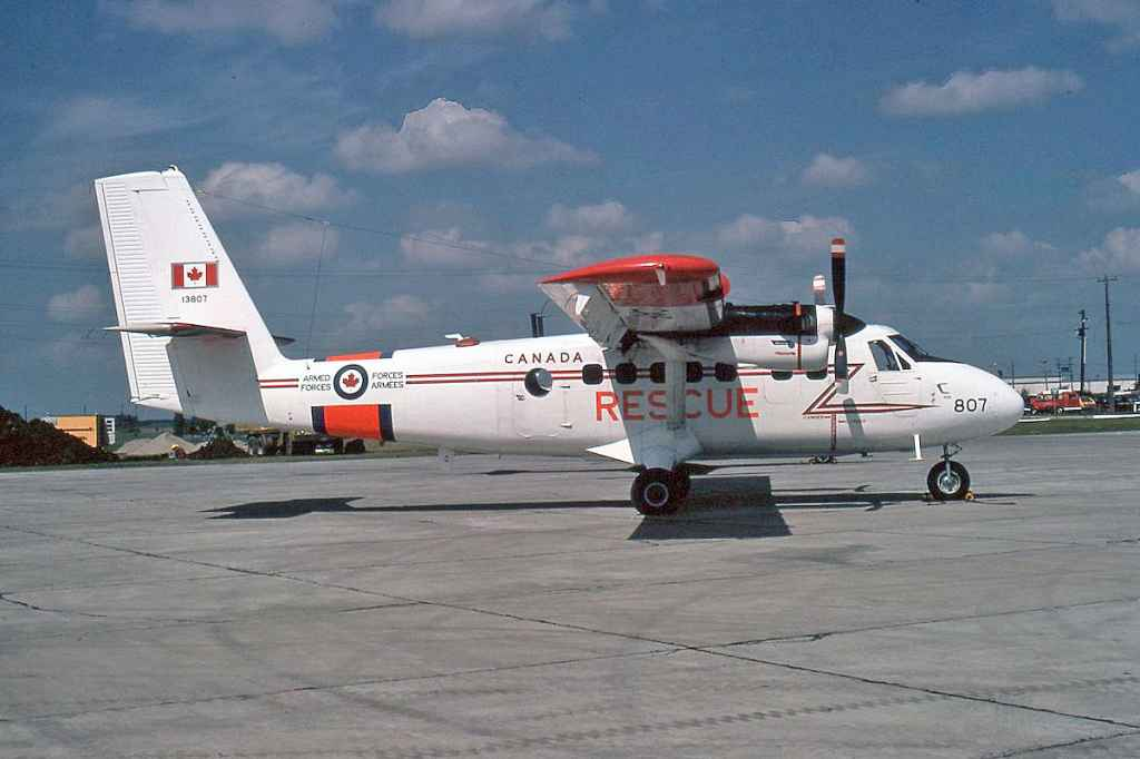 Canadian Armed Forces DHC-6 Twin Otter 138807 August 1974.